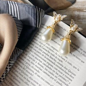 PAVE PEARL DROP STATEMENT EARRINGS